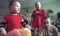 Sankt-peterburgskikh-sirot-usynovyat-i-udocheryat-chechenskie-semi-766497