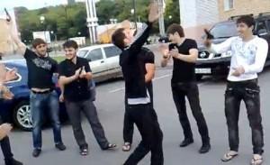 Чечнцы в танце.