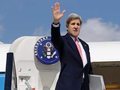 John_Kerry_in_Egypt_020313