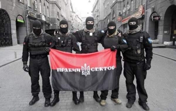 """""""Правий сектор"""" провів бесіду із поплічниками Януковича"""