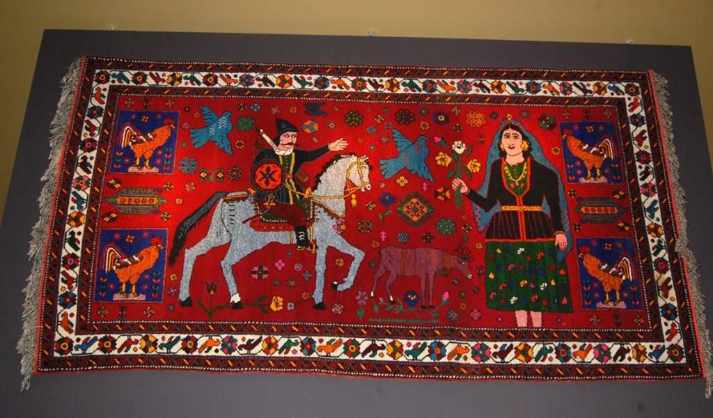 trend_carpet_museum_120515_17