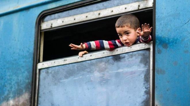 160219155758_migrant_child_624x351_getty_nocredit