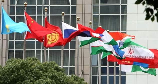 Organizacija-ShOS-podpisala-dokumenty-o-prinjatija-v-svoi-rjady-Indii-i-Pakistana