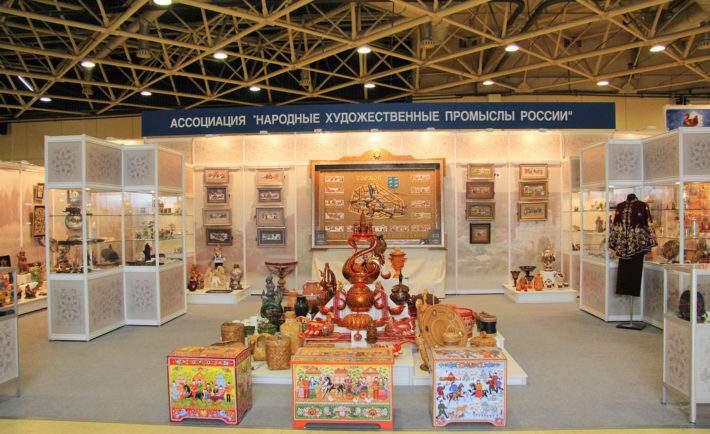 Наярмарке в столице России выставлены изделия дагестанских мастеров